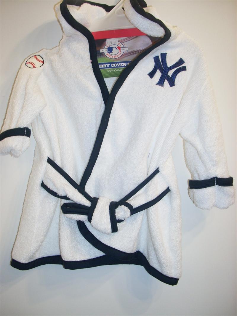 new york yankees baby bathrobe