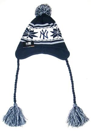 881af85ade2804 Yankees Dangle Hat
